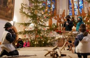 Krippenspiel in Weihnachtsgottesdiensten